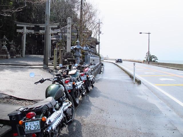 礒崎神社.jpg